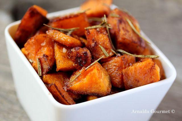 Patate dolci arrosto con rosmarino, cannella e sale affumicato