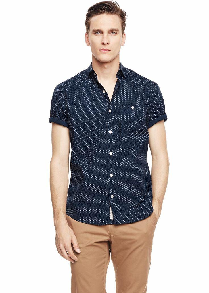 Camisa slim-fit estructura manga corta