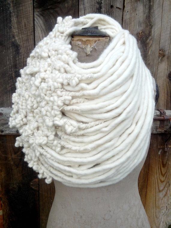 Sculptural collar scarf in woolen ivory locks by severineledore
