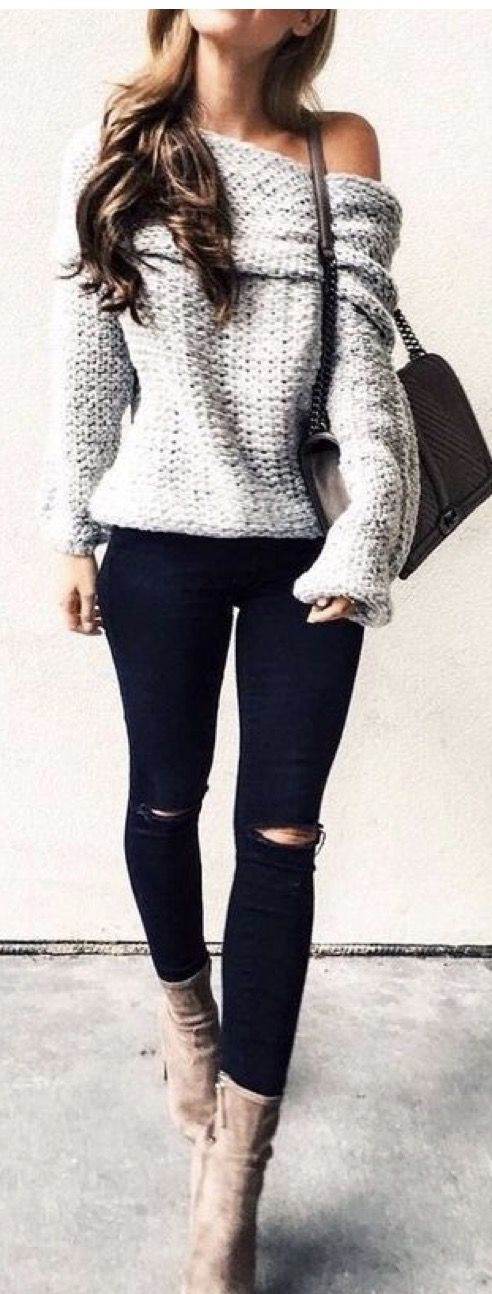25+ Lovely but Comfy Outfits to Wear on Thanksgiving Day