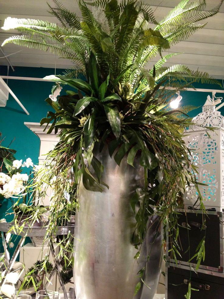 67 best Indoor plants and arrangement ideas images on Pinterest ...