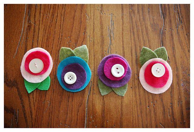 eighteen25: simple circle felt flowers