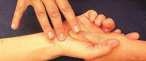 Spiraldynamik®  Ergotherapie: Rhizarthrose: Der genial-verflixte Daumen