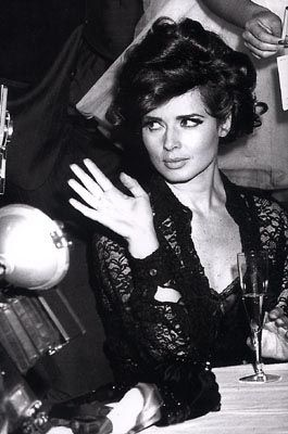 Isabella Rossellini; gorgeous picture