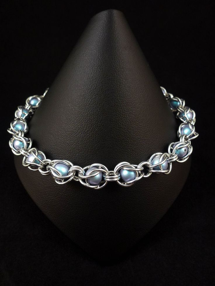 Chainmaille Captive Beads Bracelet with Swarovski® Elements Pearls - Iridescent Light Blue - Chainmail Jewellery by ShailleChainmaille on Etsy