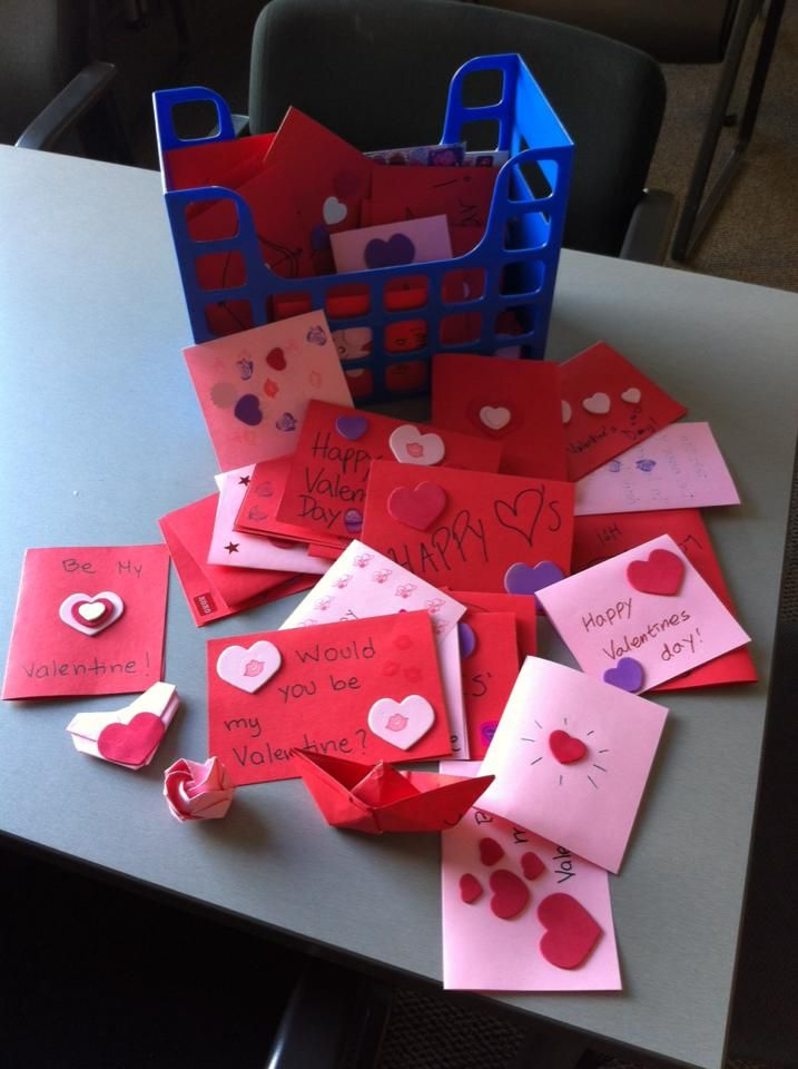 ESL students at UTAustin make Valentines cards to donate to
