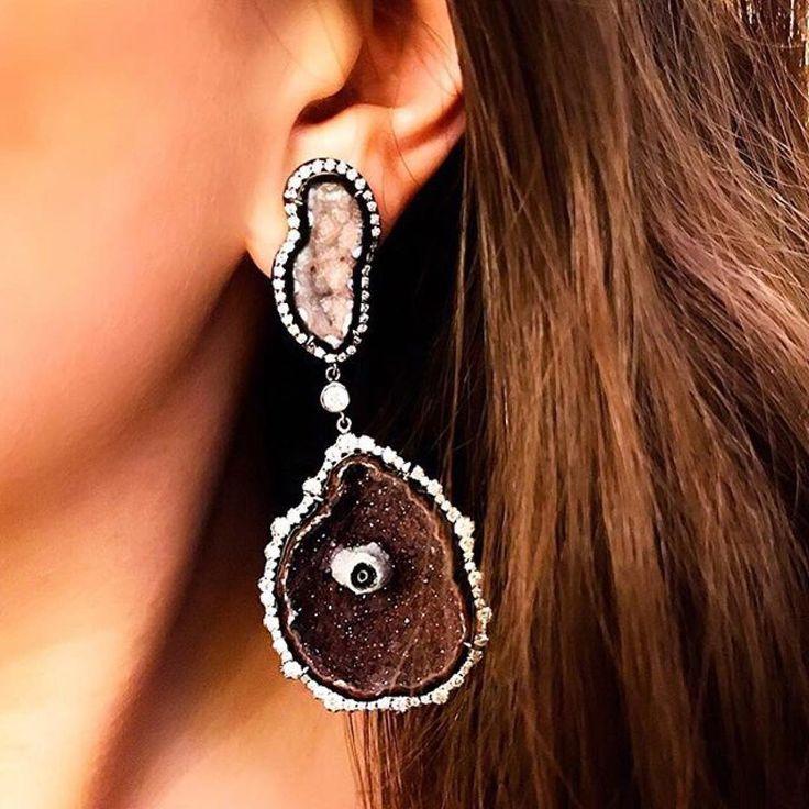 Kimberly McDonald: brown mood? Life is too short to wear boring jewelry.  ======> Courtesy of @kimberlymcdonaldjewelry  #signaturekmd #oneofakind #geode #ilikerocks #nothingsbetterthannature #digdeeperkmd #earrings #kimberlymcdonald #voplus #voplusmagazine #unconventionaljewels