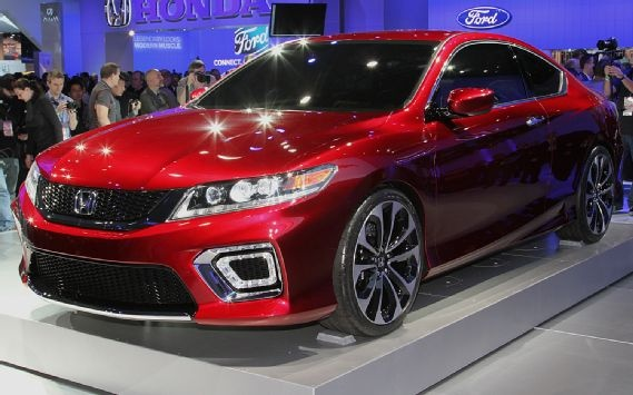 Honda Accord Coupe Concept Live Front