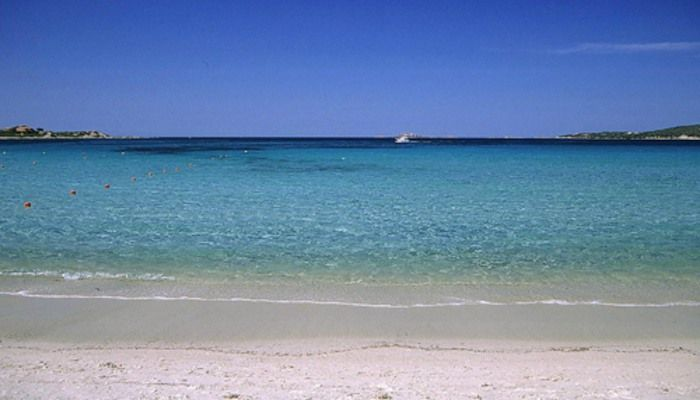 a picture of la marinella beach
