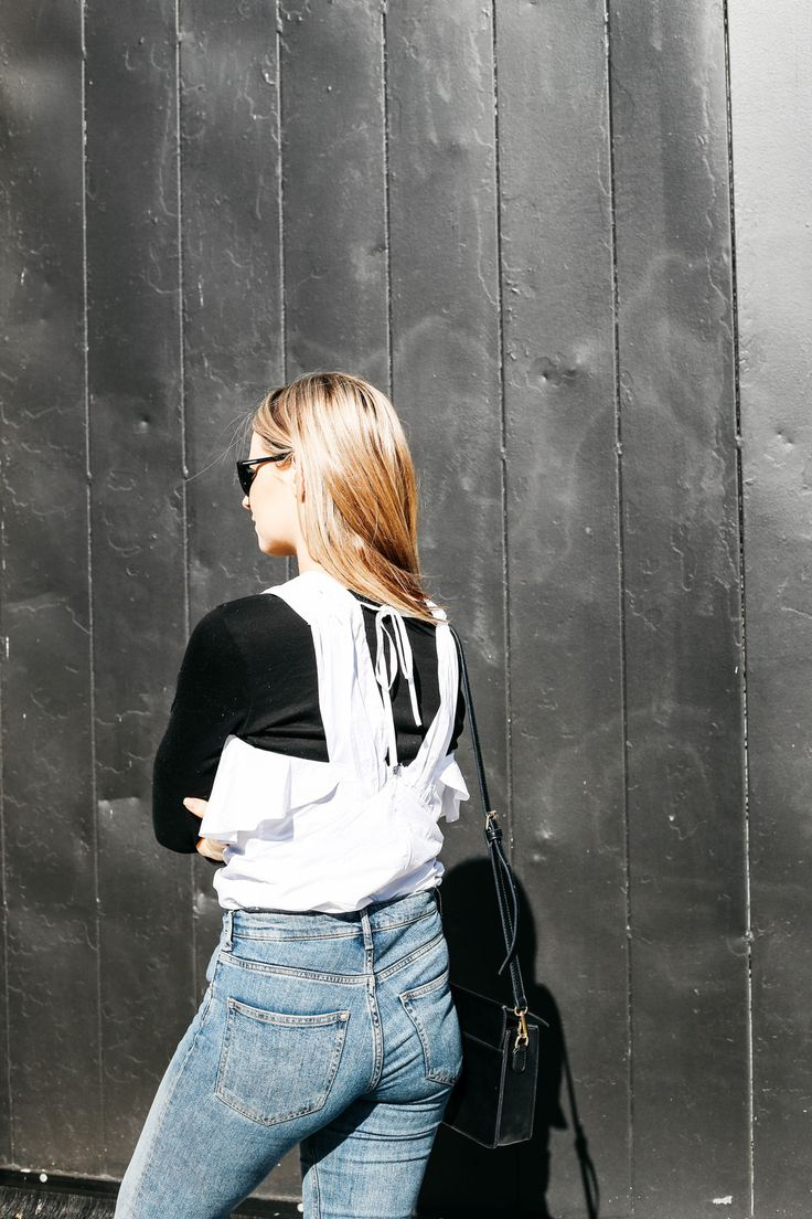 STILL LAYERING — THE SIDE SPACE