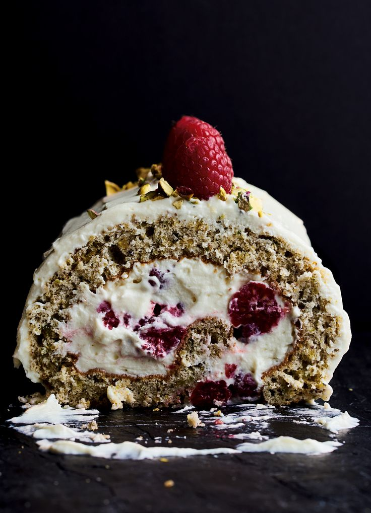 Pistachio Roulade with Raspberries and White Chocolate