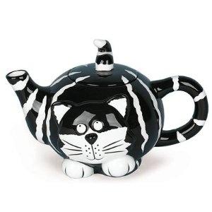 http://www.ueberschriftennews.blogspot.com/2012/09/inkognita-art-for-you-aus-der-schweiz.html Chester The Cat Teapot Purrrrr-fect