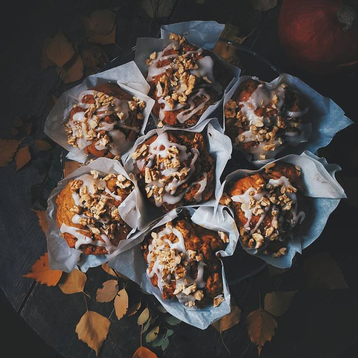 Oatmeal pumpkin muffins. #halloween #pumpkin #oat #muffins #treat