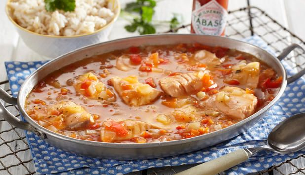 Laks med kreolsk smak - Godfisk.  overaskende godt!  jeg brukt 1 boks grovhakkede tomat i sted av fersk tomater.