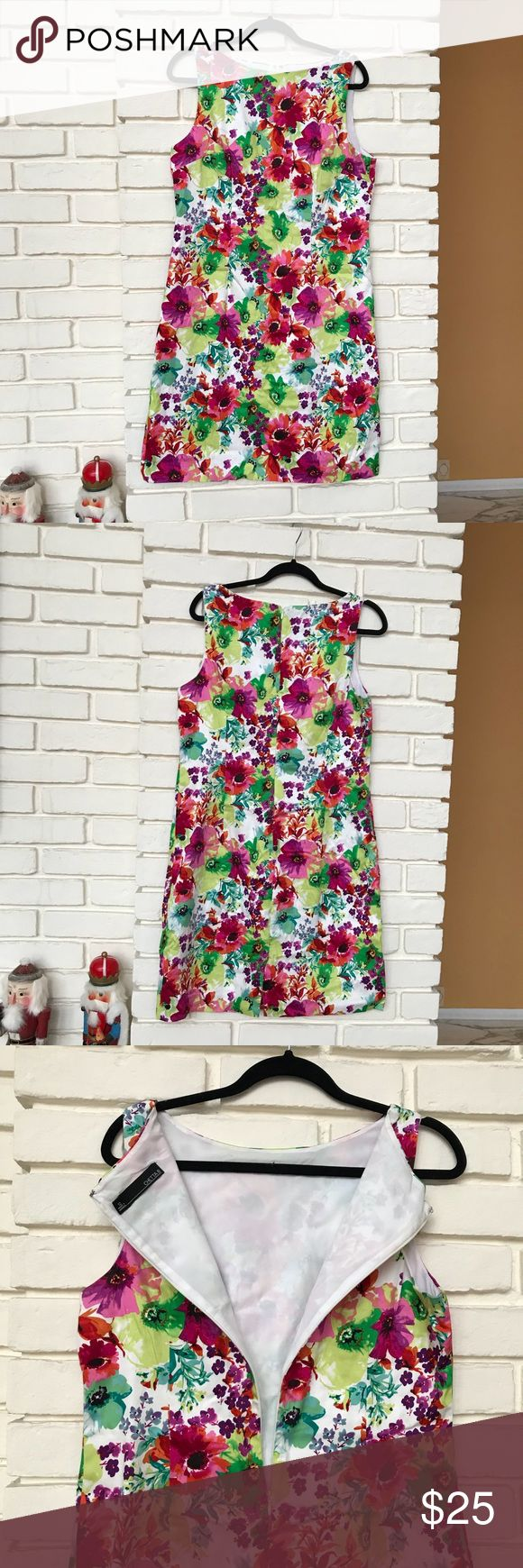 Adorable dress 👗 12 Adorable, super cute floral dress, Chetta B size 12. Lined. Non smoking. Pit to pit 20 Length 38 chetta B Dresses Midi