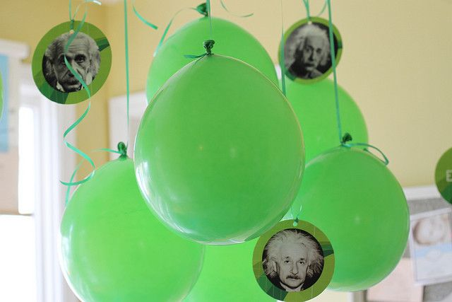 young Einstein themed birthday party - complete with science experiments for the kiddos