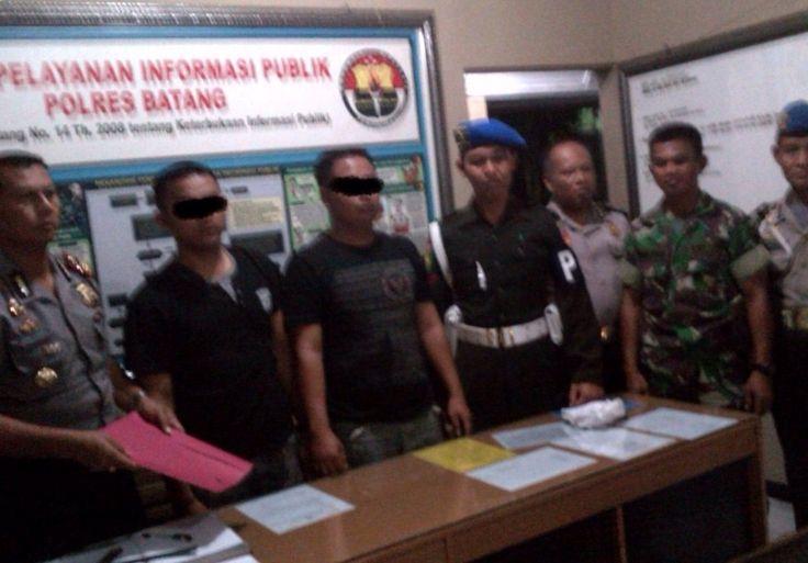 TRIBRATAnews.com – Polsek Gringsing Batang Tangkap 2 Oknum TNI yang Terlibat Pencurian Truk Muatan Elektronik