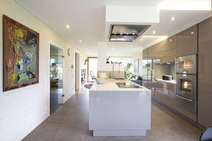 Runde Küche weiß hochglänzend Die runde Kochinsel wirkt sehr - grundriss küche mit kochinsel