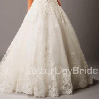 Love lace wedding dresses. Someday.