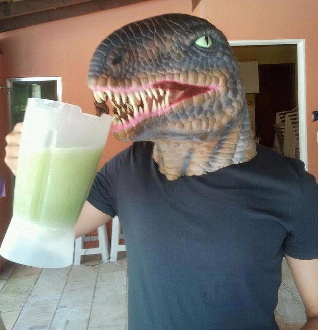 Tartaruga Ninja (vodca   limão   manjericão   gelo   açúcar   tabasco verde) | 11 drinks simples que te deixarão mais loko que o Batman