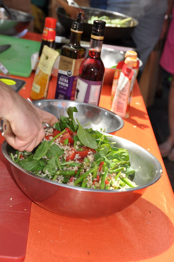Pitt Street Mall cooking demonstration with Sprout