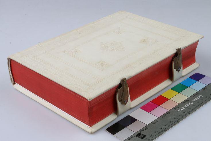 Baroque book binding