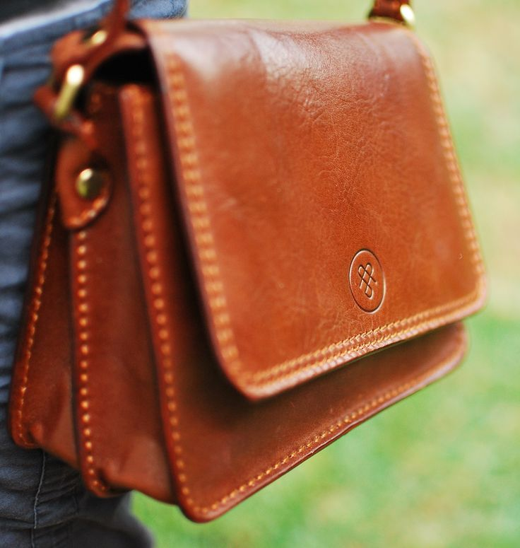 Ladies Leather Handbag Review - From A Man's Perspective! | The Travel Tart Blog