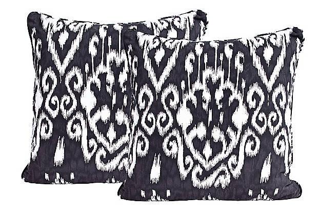 Black & White Ikat Pillows - Mary McDonald: Ikat Pillows, Black And White, Ikat Prints, Black White, White Ikat, Decor Pillows, Black Pillows