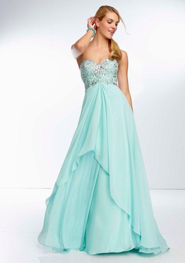 256 best Dresses images on Pinterest | Ballroom dress, Party wear ...