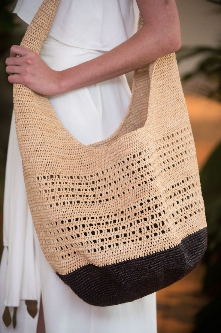 VIX, SPFW, Summer 2017 RTW - (Details) Crochet Tote Bag