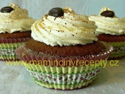 Kávové muffiny s amarettem