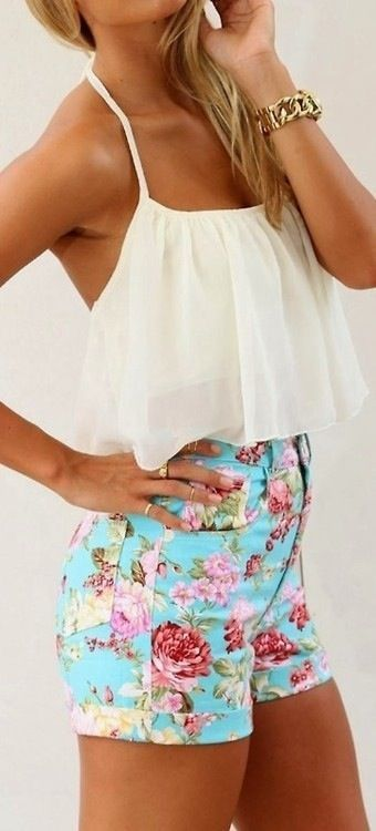 Floral Shorts With White Blouse   Ultimate Womens Fashion