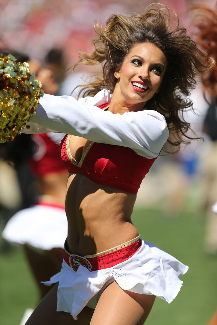 NFL is back which implies that the team Cheerleaders are again on the sidelines.For more detail http://www.secessionist.us/2013-nfl-cheerleaders-best-of-week-1/
