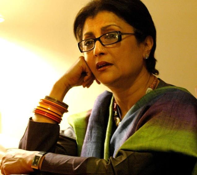 Famed filmmaker Aparna Sen came out in support of the ongoing protest of Film and Television Institute of India (FTII) students against actor Gajendra Chauhan's appointment as new chairman and urged all Indians to back the agitation. As the protests at the premier film school entered the 39th day, she noted that in public perception, appointments of people like Chauhan...  Read More