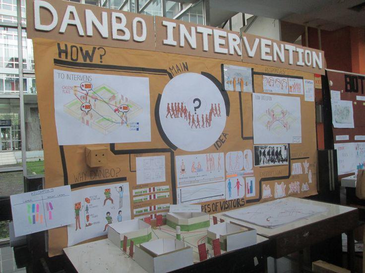 "Layout display ""Danbo Intervention"" oleh kelompok 9"