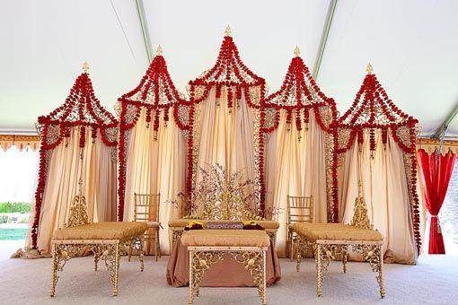 indian wedding mandap, suspended mandap, floral mandap #indianwedding, #shaadibazaar