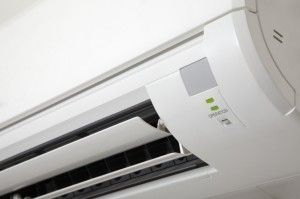 Pros and cons of ductless air conditioners Although the ductless air conditioners have been in use in Europe and Japan for years, U.S. consumers are just learning about their many benefits and few downsides. These systems offer efficiency, convenience and easy installation. Most ductless air...