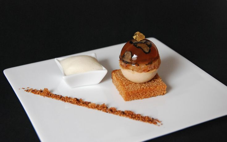boule de foie gras, gelée champagne, poires caramélisées, sabayo 016