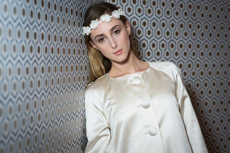 manteau de mariée en satin. www.aufildelise.com