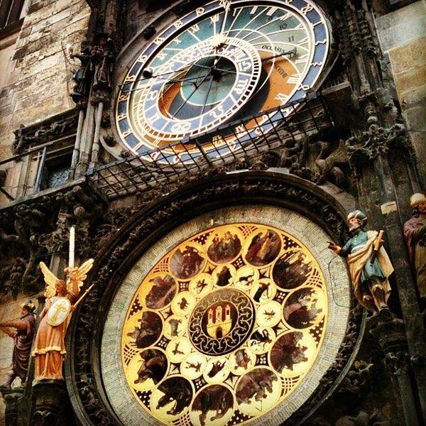 старые часы в праге фото адрес развода антонио