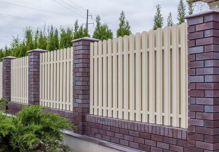 Картинки по запросу забор из клинкерного кирпича фото