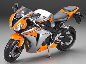 New Ray Toys Honda CBR 1000RR 2010 -- Diecast Model Motorcycle -- 1/6 scale -- #49293