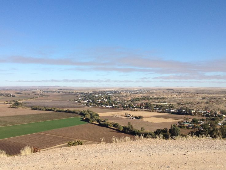 A view of the town of Keimoes from a nearby hill (12/8/13).