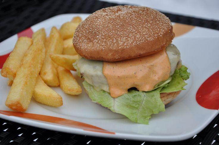 Chipotle Cheeseburger Chipotle Sauce für Burger und Sandwiches Chipotle Sauce Chipotle Sauce