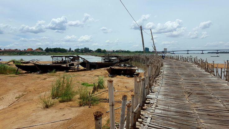 Bamboo bridge to Koh Pean