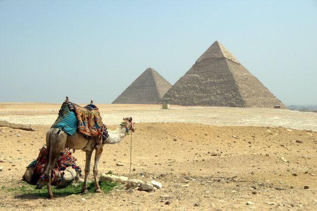 Las pirámides de EgiptoLas pirámides de Keops y Kefrén, foto de Joseba Umbelina