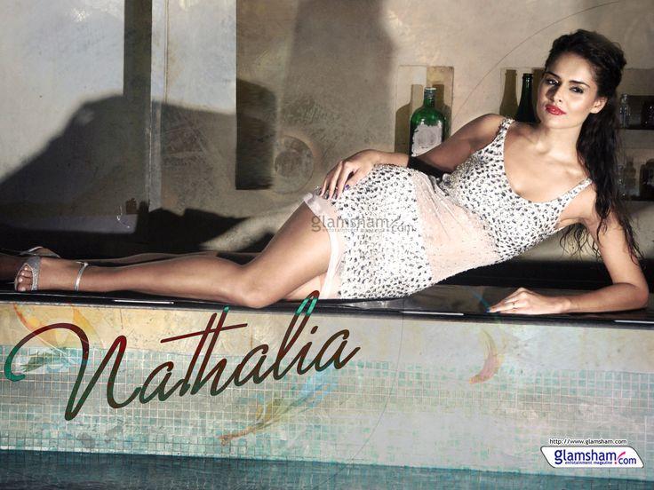 Bold babe Nathalia Kaur