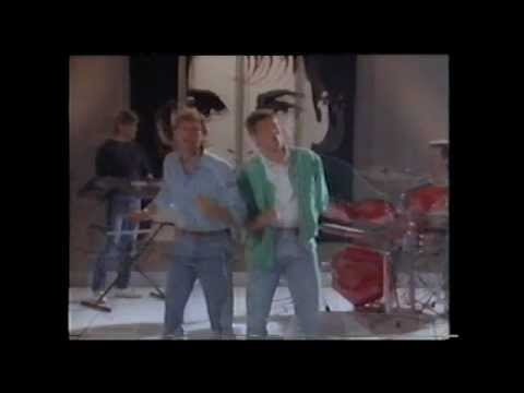 'Its Goodbye' performed by Glenn Hoddle & Chris Waddle 1987