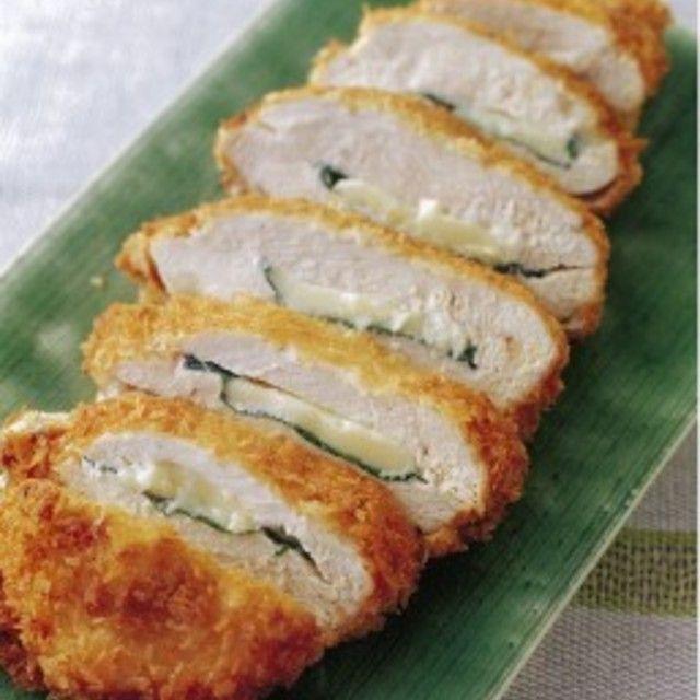 鶏むね肉のシソチーズカツのレシピ・作り方・食材情報を無料でご紹介しているページです。