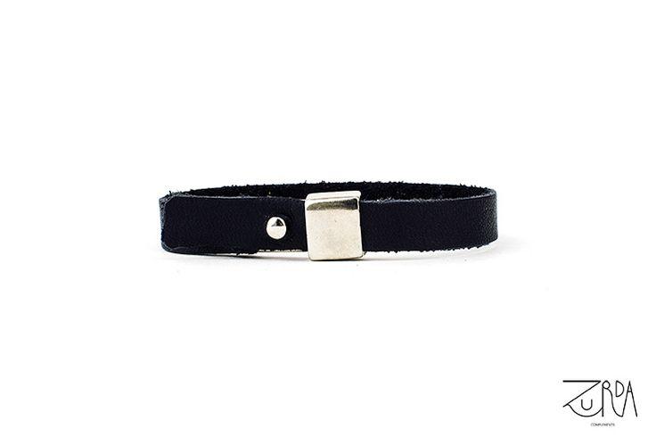 Pulsera Espiral, diseñada por Zurda. #Zurda #brazalete #bracelet #bisutería #bijou #diseño #design #Terrenal #AW1415